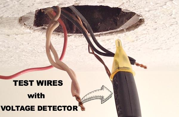 Use Voltage Detector