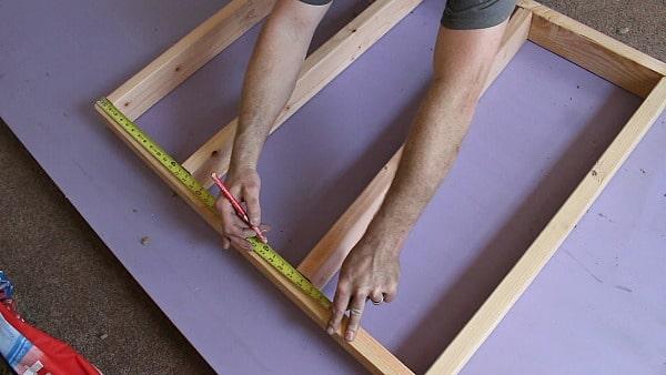 Knee Wall