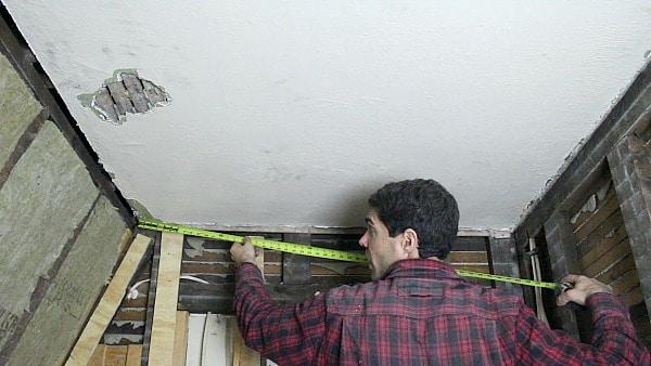 Measure Ceiling Width