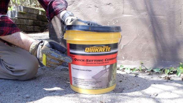 How to Use Quick-Setting Cement